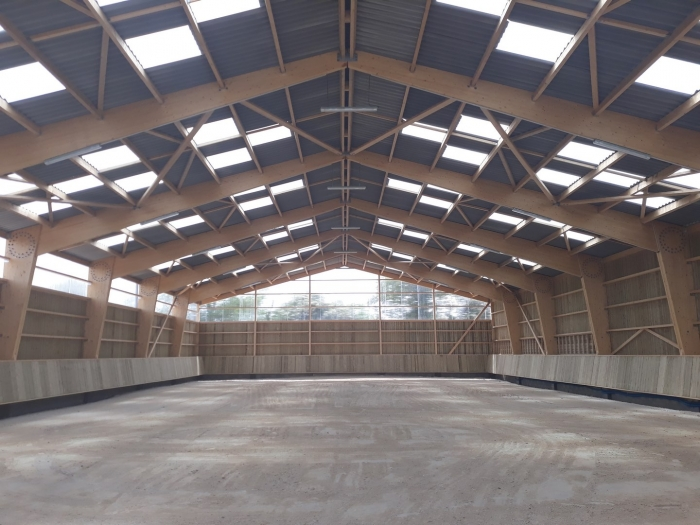 batiment manege equestre constructeur James