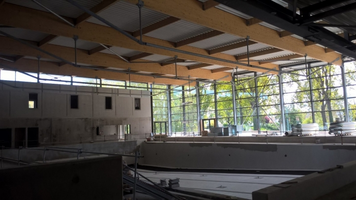 piscine en cours de construction James